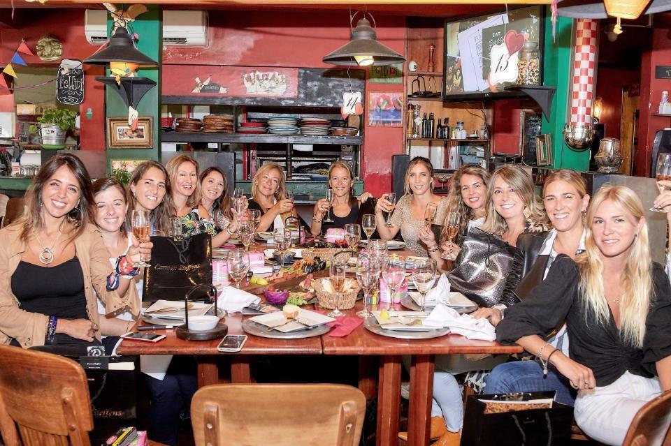 Fellini de Pocitos, realizó un especial almuerzo para mujeres empoderadas