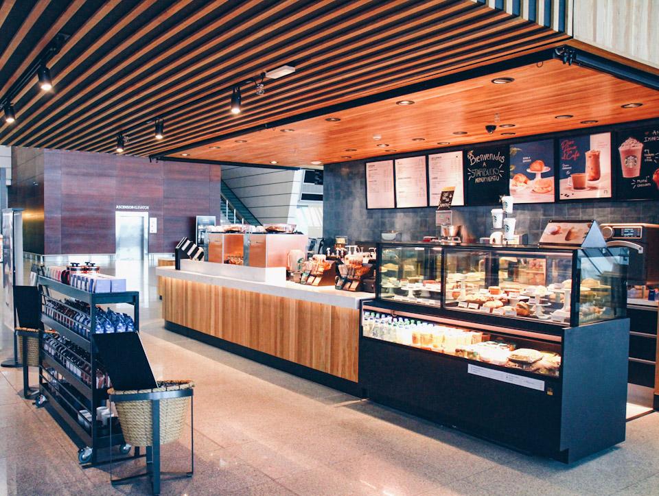 Starbucks aterriza en el Aeropuerto de Carrasco