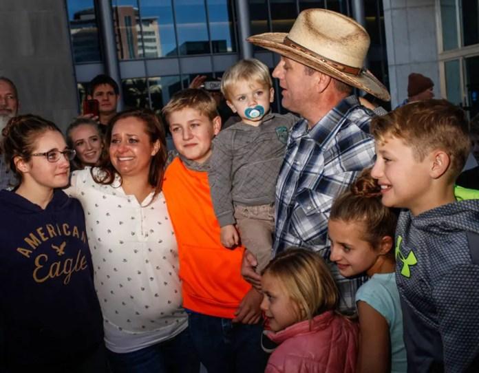 ammon bundy family