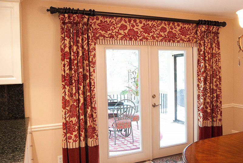 8 really good tips for hanging curtains
