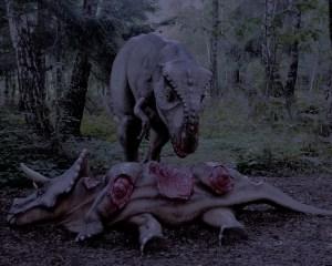 Tyrannosaurus frisst an einem Kadaver