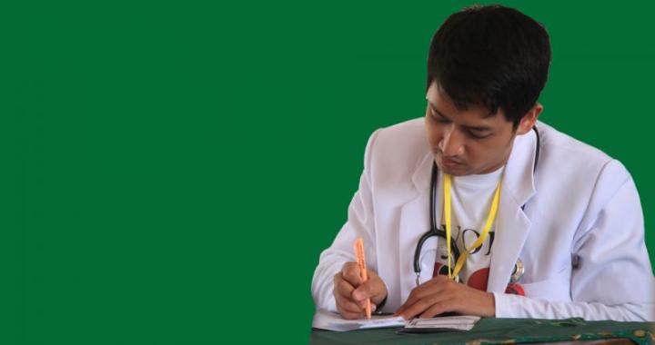 Why are budding doctors hesitant to work in rural areas?