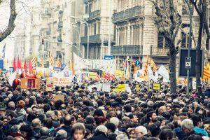 Demonstration für Flüchtlinge in Barcelona mit mindestens 160.000 Teilnehmern.