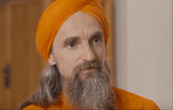 Bärensuppe: Ein Gespräch mit Dada Madhuvidyananda über Meditation, Spiritualität und Grundwerte