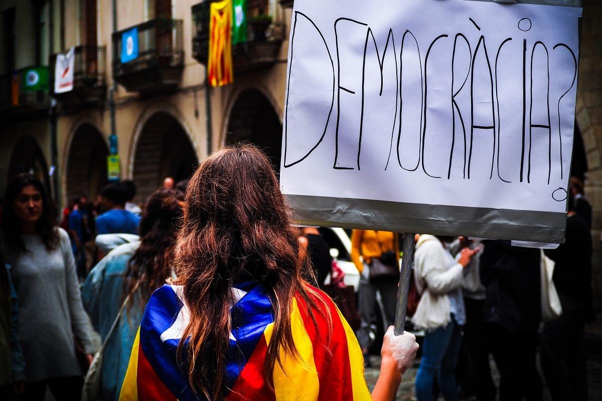 Demokratie oder keine Demokratie in Spanien. (Foto: Marc Sendra Martorell, Unsplash.com)
