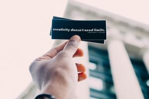 Kreativität braucht keine Grenzen. (Foto: The Creative Exchange, Unsplash.com)