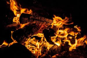 Feuer. (Foto: Robert Oh, Unsplash.com)