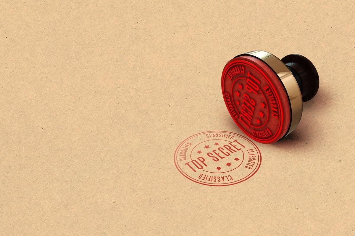 Top Secret Stempel. (Foto: TayebMEZAHDIA, Pixabay.com, Creative Commons CC0)