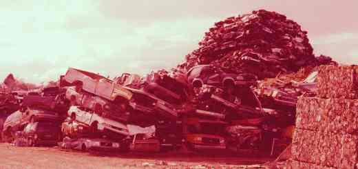 Das Ende der Demokratie könnte auf dem geschichtlichen Schrottplatz sein. (Symbolfoto: Randy Laybourne, Unsplash.com)