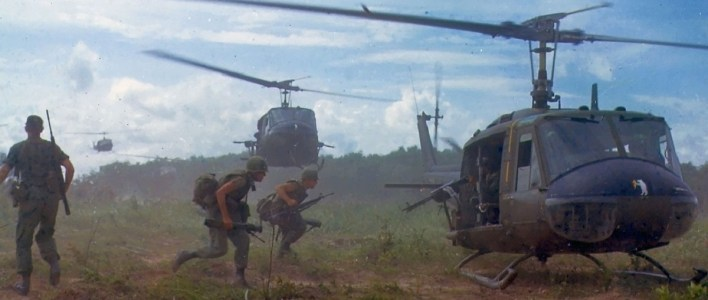 Apocalypse Now ist eine Fiktion. Der auf dem Foto erkennbare Hubschraubereinsatz der US Armee in Vietnam 1966 nicht. (Foto: James K. F. Dung National Archives and Records Administration)