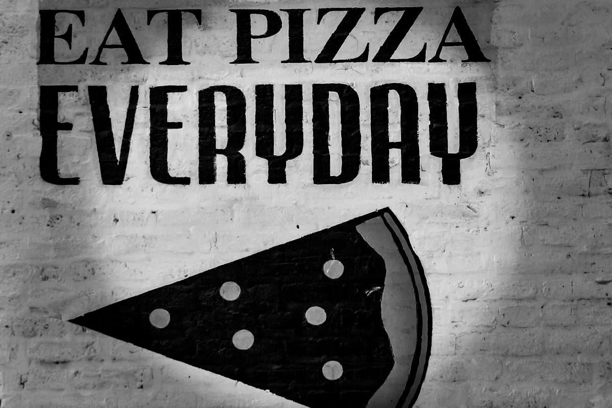 Eat Pizza everyday gilt für die USA und die EU. (Foto: Sinan Helfenstein, Unsplash.com)