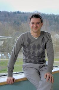 Joachim Grzega ist Sprachwissenschaftler und Autor von Wort-Waffen abschaffen! (Foto: Privat).