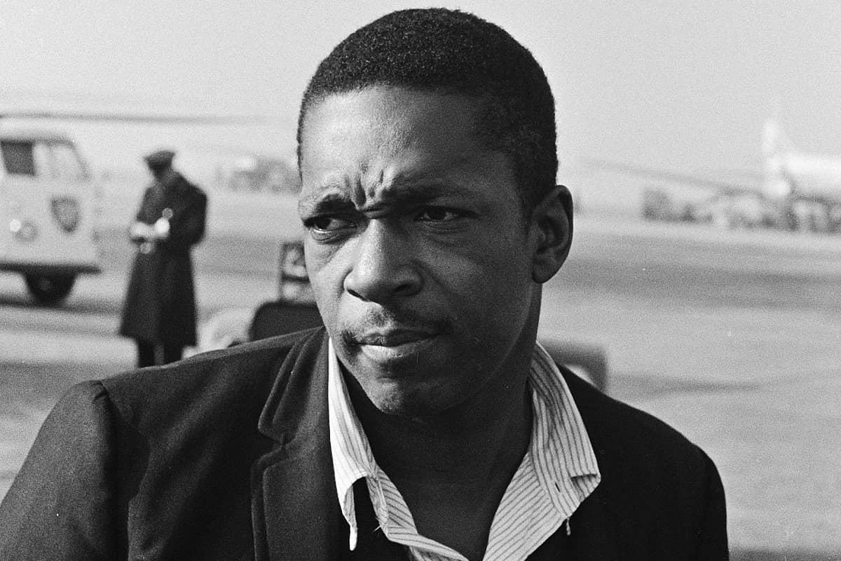 Jazz hat Blue World und Legenden: John Coltrane 1963. (Foto: Hugo van Gelderen, Dutch National Archives, CC0, cropped)