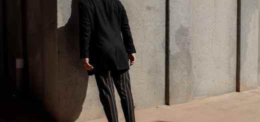 Skepsis ist angebracht beim Gang durch die Wand. (Foto: Daniel Mingook Kim, Unsplash.com)