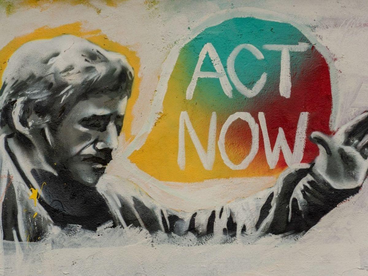 Act now vielleicht gegen die Virenschleuder oder gegen dieAngst. (Foto: Rod Long, Unsplash.com)