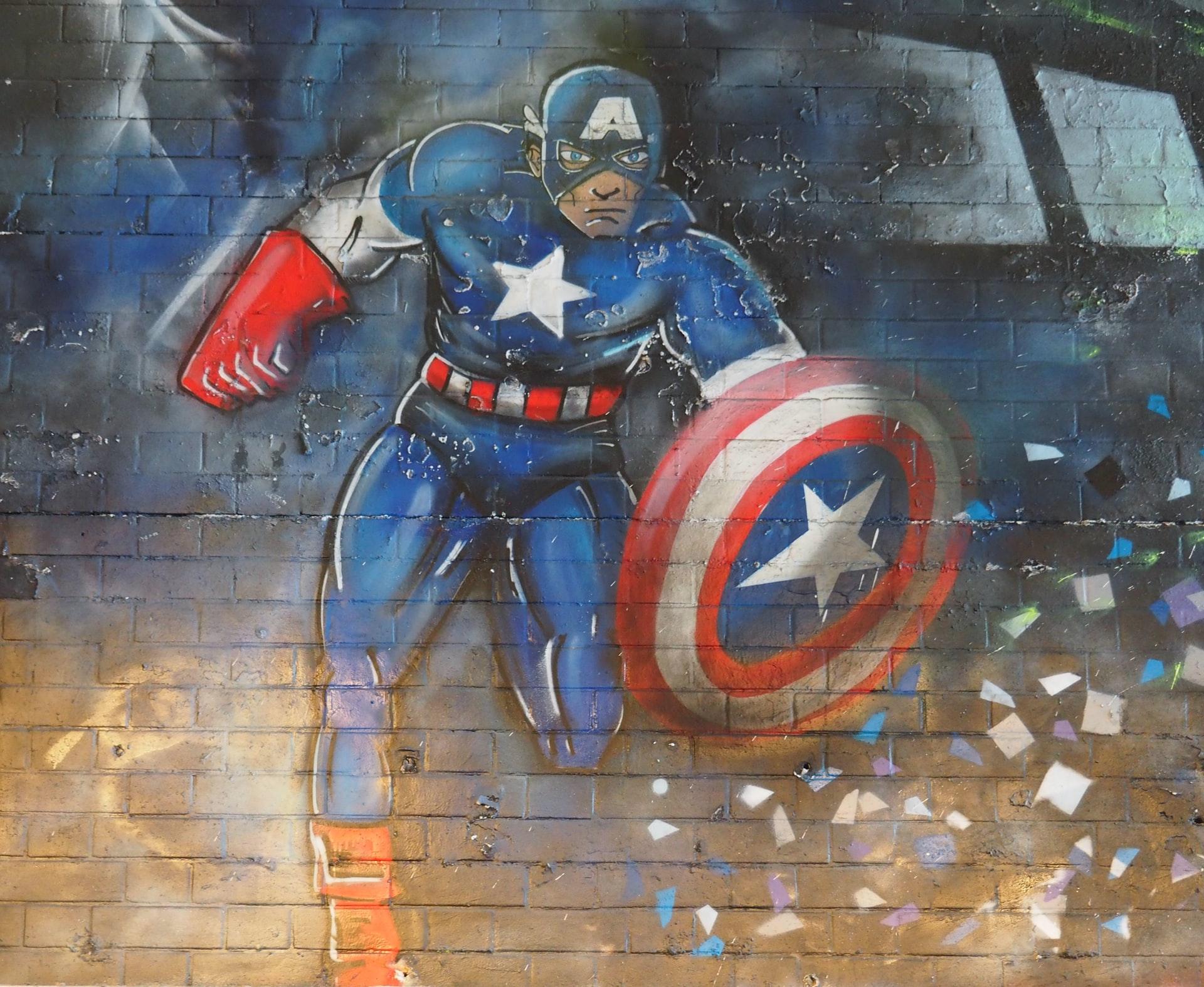 Street Art in London. Setzt sich Captain America für Wasser ein. (Foto: Walid Hamadeh, Unsplash.com)