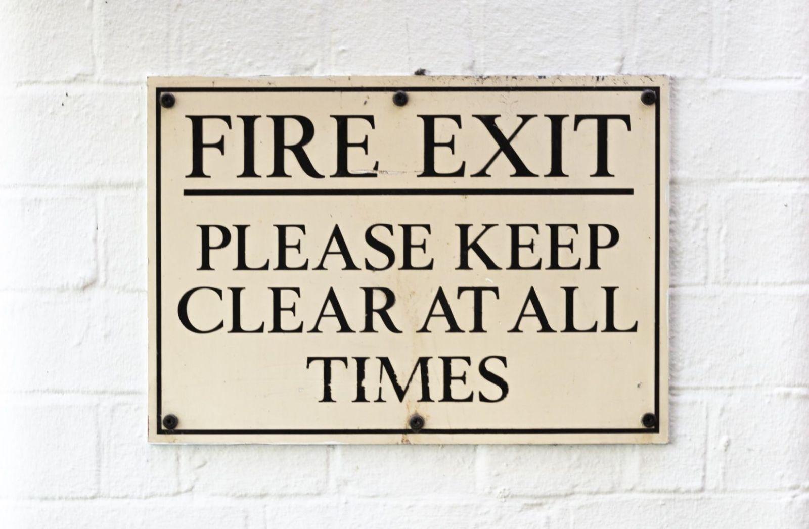 Fire Exit. (Foto: Krzysztof Hepner, Unsplash)