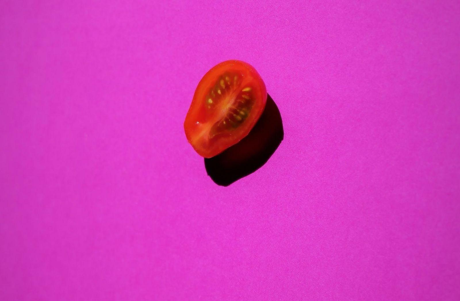 Kann sich Henry Kissinger die Welt als Tomate vorstellen. (Foto: Anne Nygard, Unsplash.com)