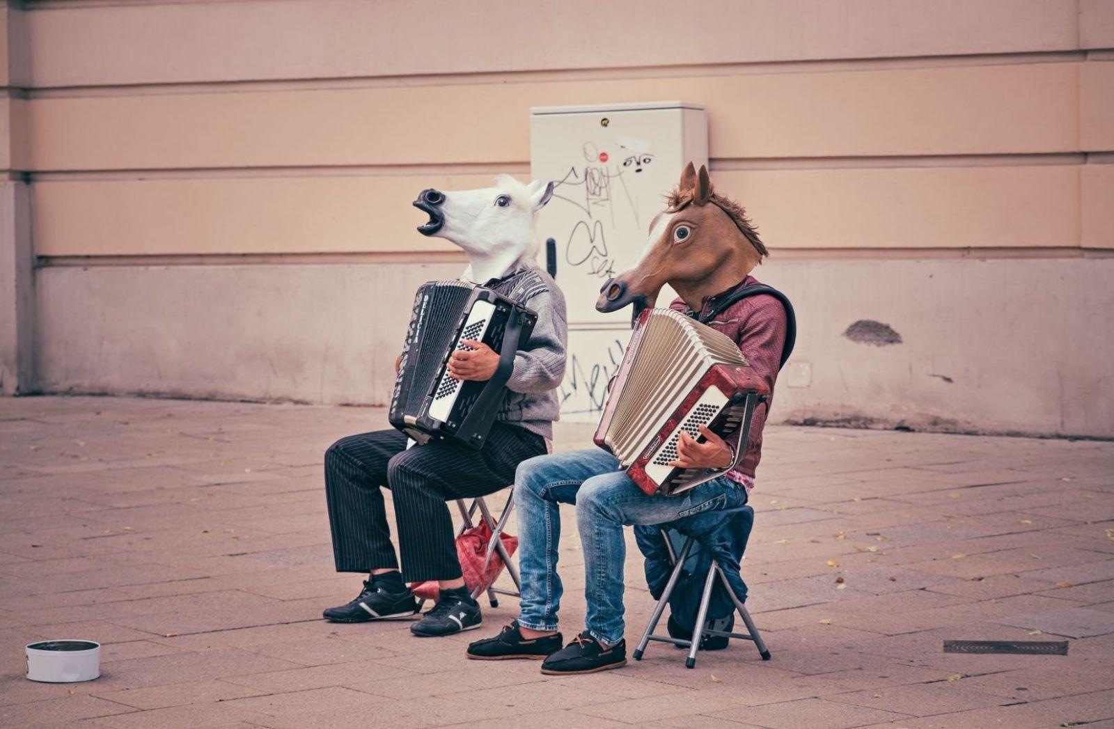 Straßenmusiker in Wien Österreich. (Foto: Dominik Vanyi, Unsplash.com)