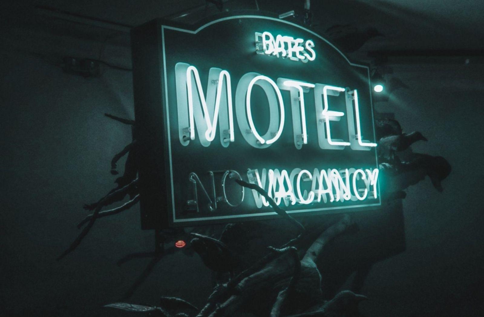 Bates Motel als Beispiel für Psychologie. (Foto: Maxime Roedel, Unsplash.com)