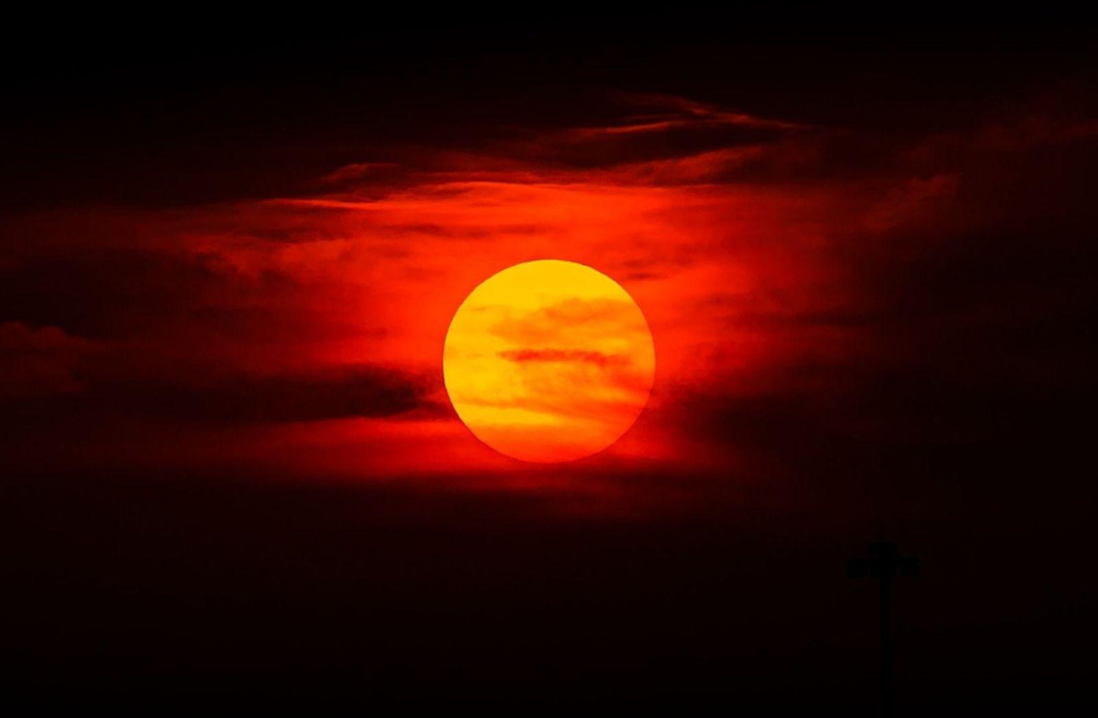 Eine Reise zur Sonne ist wie ein Kreuzzug gegen Höllenfeuer. (Foto: Jared Murray, Unsplash.com)