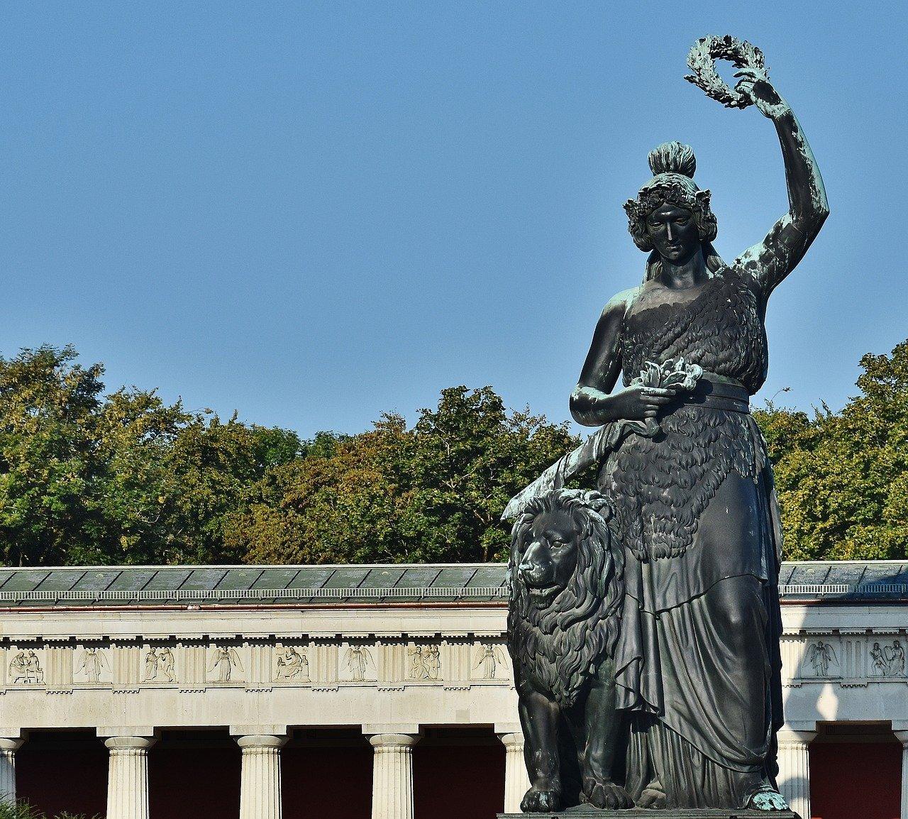 Theresienwiese in München war Ort einer zum Gottesdienst umdeklarierten Demonstration