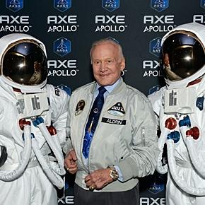 Weltraum-Legende Buzz Aldrin ist Schirmherr der Axe-Apollo-Mission