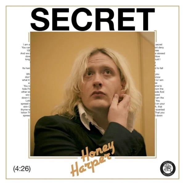 """""""Geheimnis."""" von Honey Harper."""