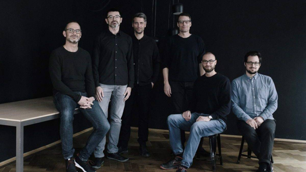 W&V editorial staff introduces new agency in the city of Munich.  LR Mathias Vetterlein, Daniel Kraljic, Stefan Roesinger, Lars Hansell, Andreas Villing und Fabian Glatzeder.
