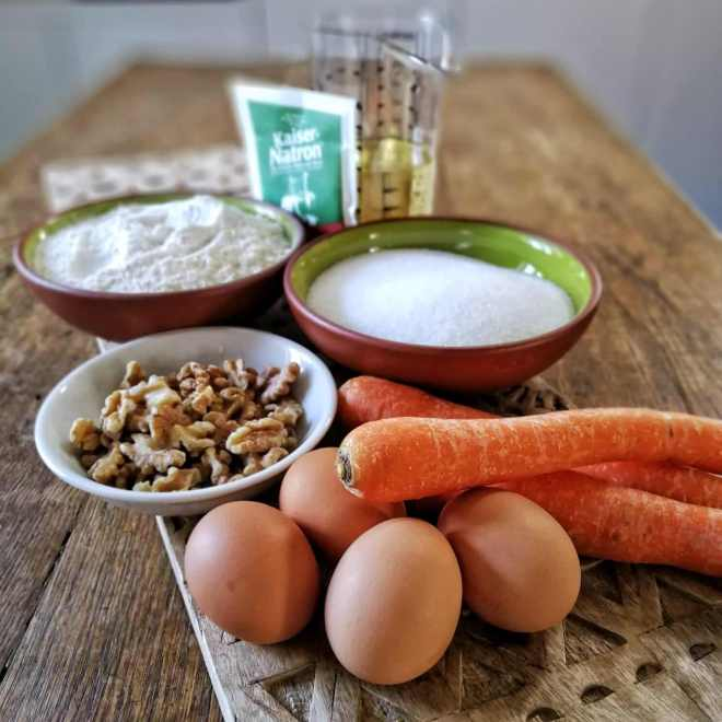 Beitragsbild - einfacher Karottenkuchen - Zutaten