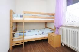 Hochbett-Kinderzimmer