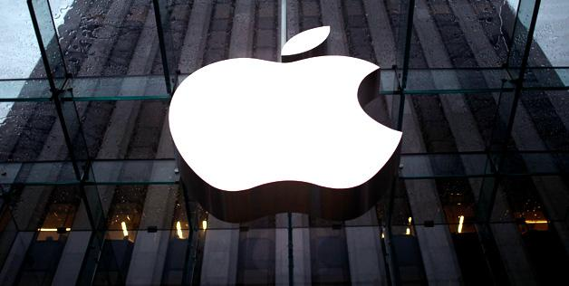 How Can Apple Inc. Avoid BlackBerry Ltd's Fate?