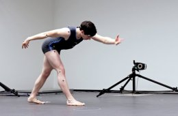 This image shows a dancer in a dancing pose.