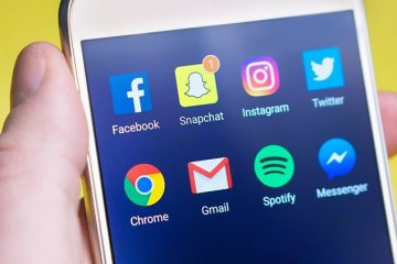 social media icons on a smart phone