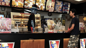 Retired Robert E. Lee statue spotted working at KFC - Confederate statues