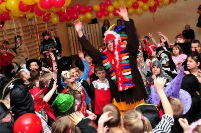 zabawy dla dzieci, atrakcje dla dzieci, mikołaj, animacje dla dzieci, konkursy dla dzieci, bal karnawałowy dla dzieci