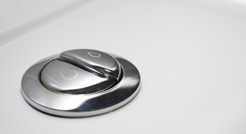 Low-flow duel button toilet
