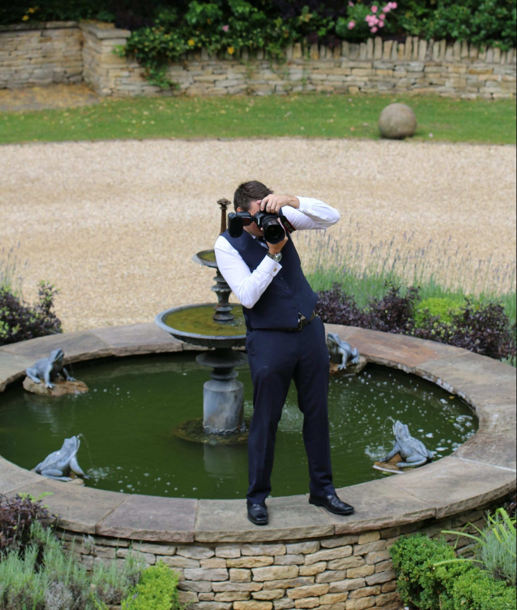 Nev Chambers Photography- North Yorkshire- wedding photographer- wedding photos- wedding photographs- Scarborough- Humberside- North East England