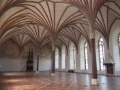 Large vaulted dining rooms for the knights