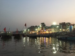 Evening puja at the Dasaswamedh Ghat