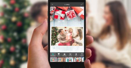 Christmas photos with PhotoMania | neveralonemom.com