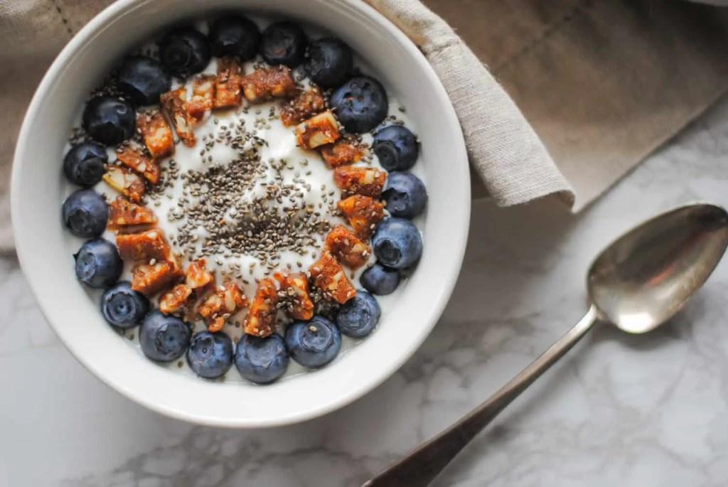 lemon blueberry yogurt bowl