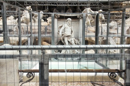 One day in Rome (Fontana di Trevi restoration - You can still throw your coin!) - Photography 6