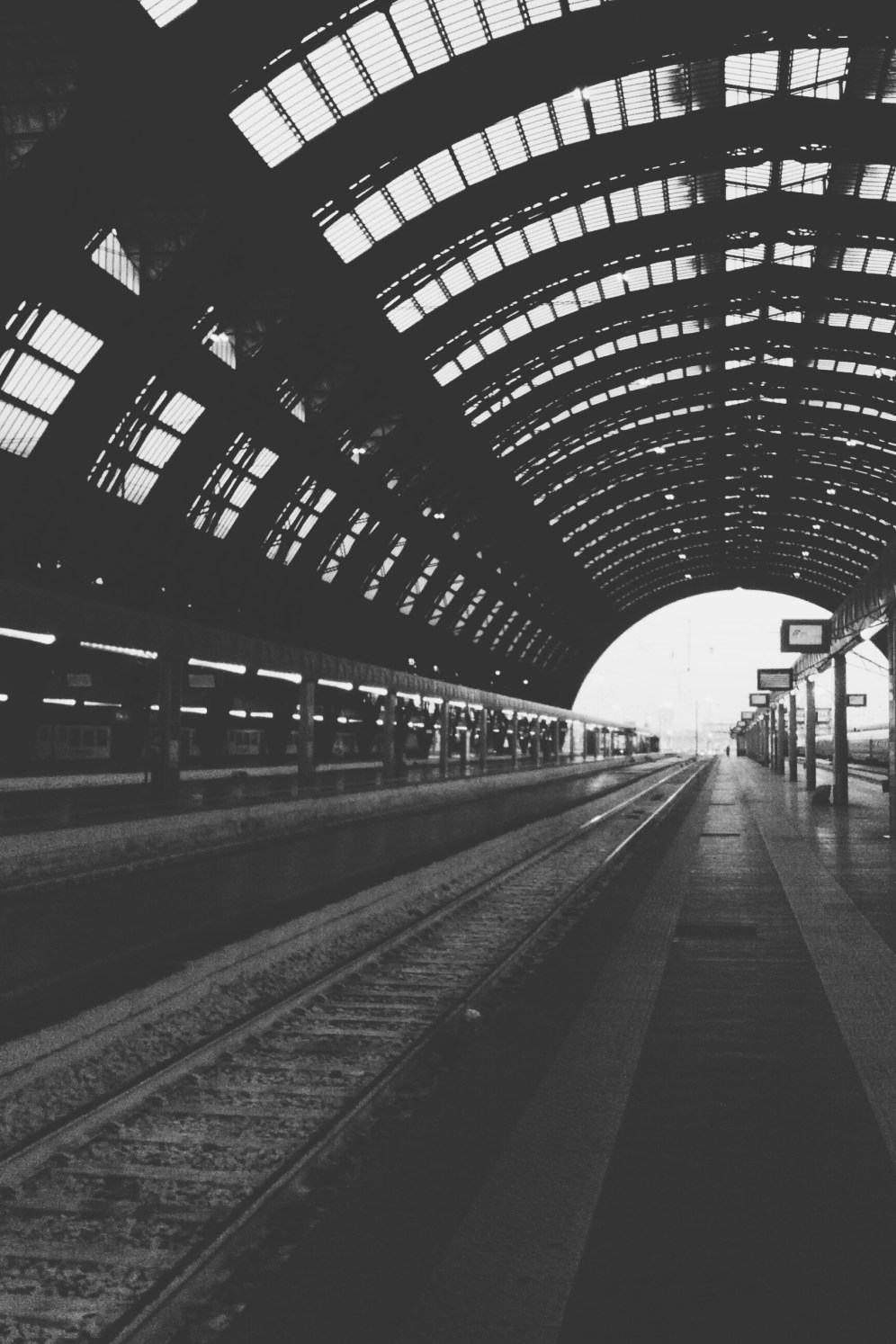 Milan: Some B&W thoughts (1)