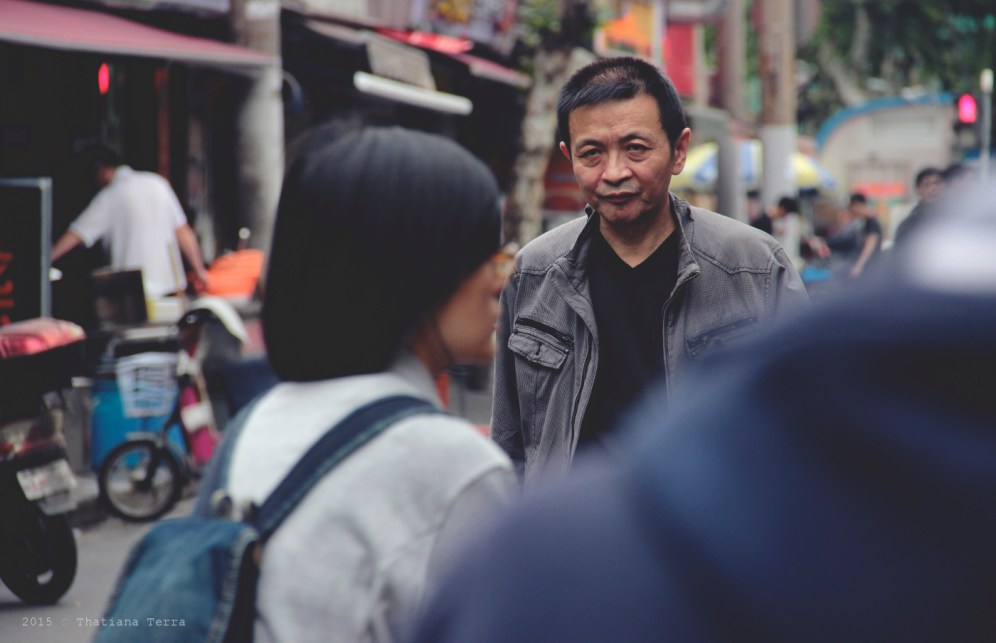 China: People watching at the Old Town, Shanghai (3)