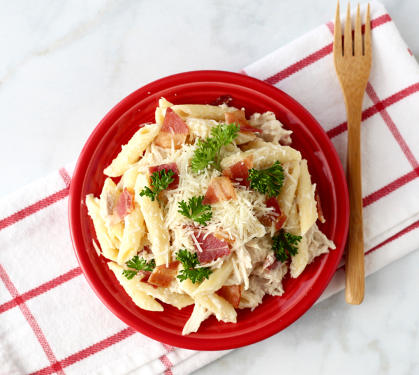 Bacon Alfredo Chicken Pasta Recipe With Few Ingredients