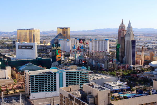 Use these Cheap Flight Hacks to never overpay for flights to Las Vegas