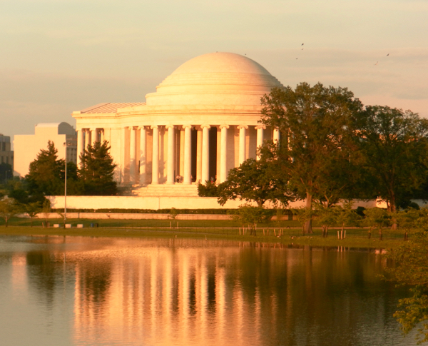 The Ultimate Washington DC Travel Guide