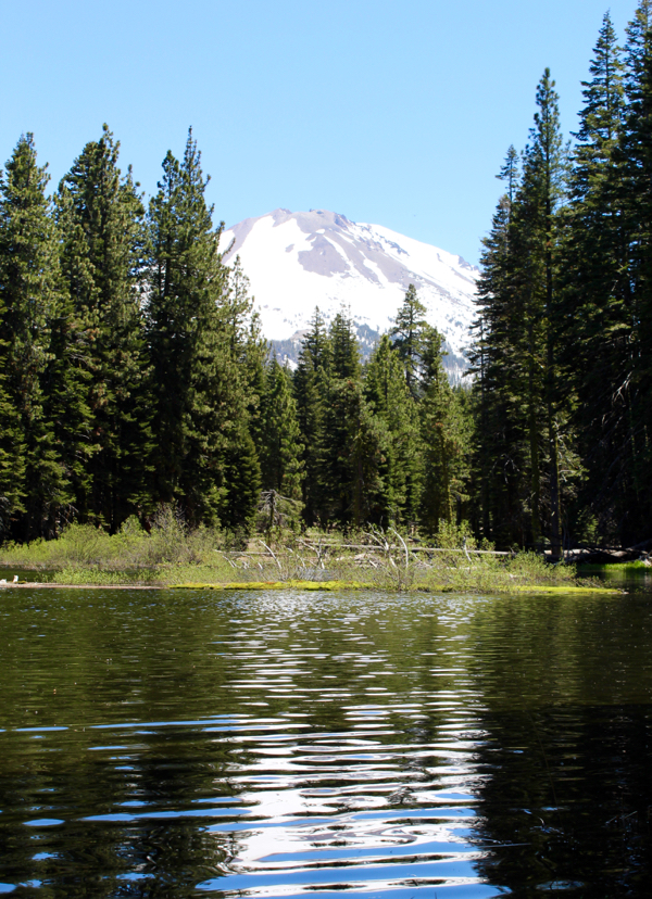 Lassen Volcanic National Travel Guide Mount Lassen and Manzanita Lake