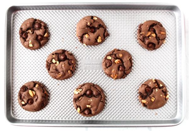 The Best Chocolate Chip Pecan Cookies